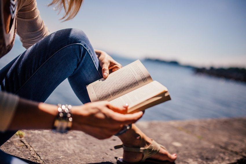 Cateva motive sa citim mai mult!